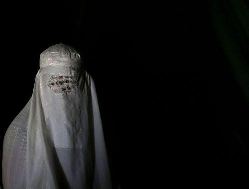 tenues-islamiques-burqa-burqua-bourka_5656759